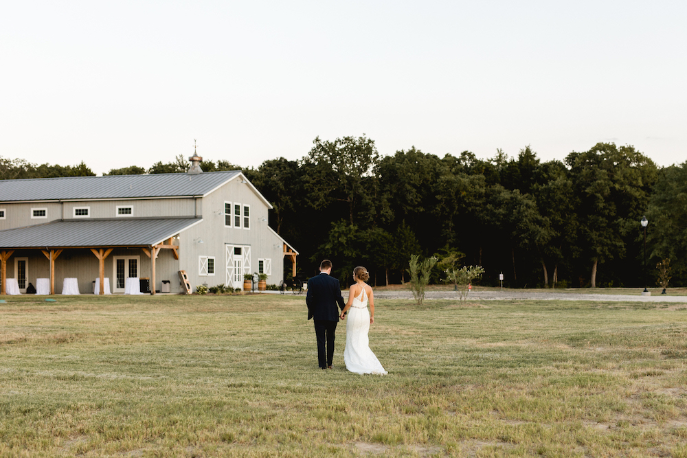 DFW barn wedding